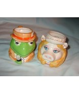 Cups in Miss Piggy and Kermit the Frog shape - $0.00