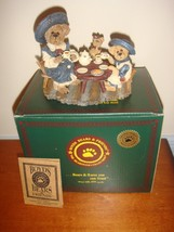 Boyds Bearstone Catherine & Caitlin Berriweather With Little Scruff Family - $15.99
