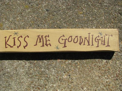 Primary image for M9005KMG-Kiss Me Goodnight wood block
