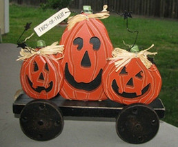 wood pumpkins 2433-5 Pumpkins on Wheels - $207,93 MXN
