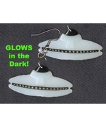 UFO FLYING SAUCER GLOW EARRINGS-Fun Martian Ali... - $4.97