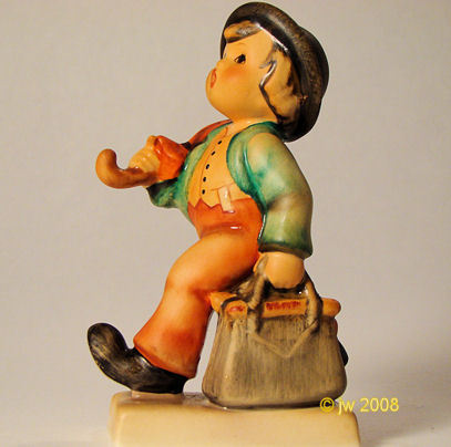 Hummel Merry Wanderer 11  TMK-5 Goebel Figurine