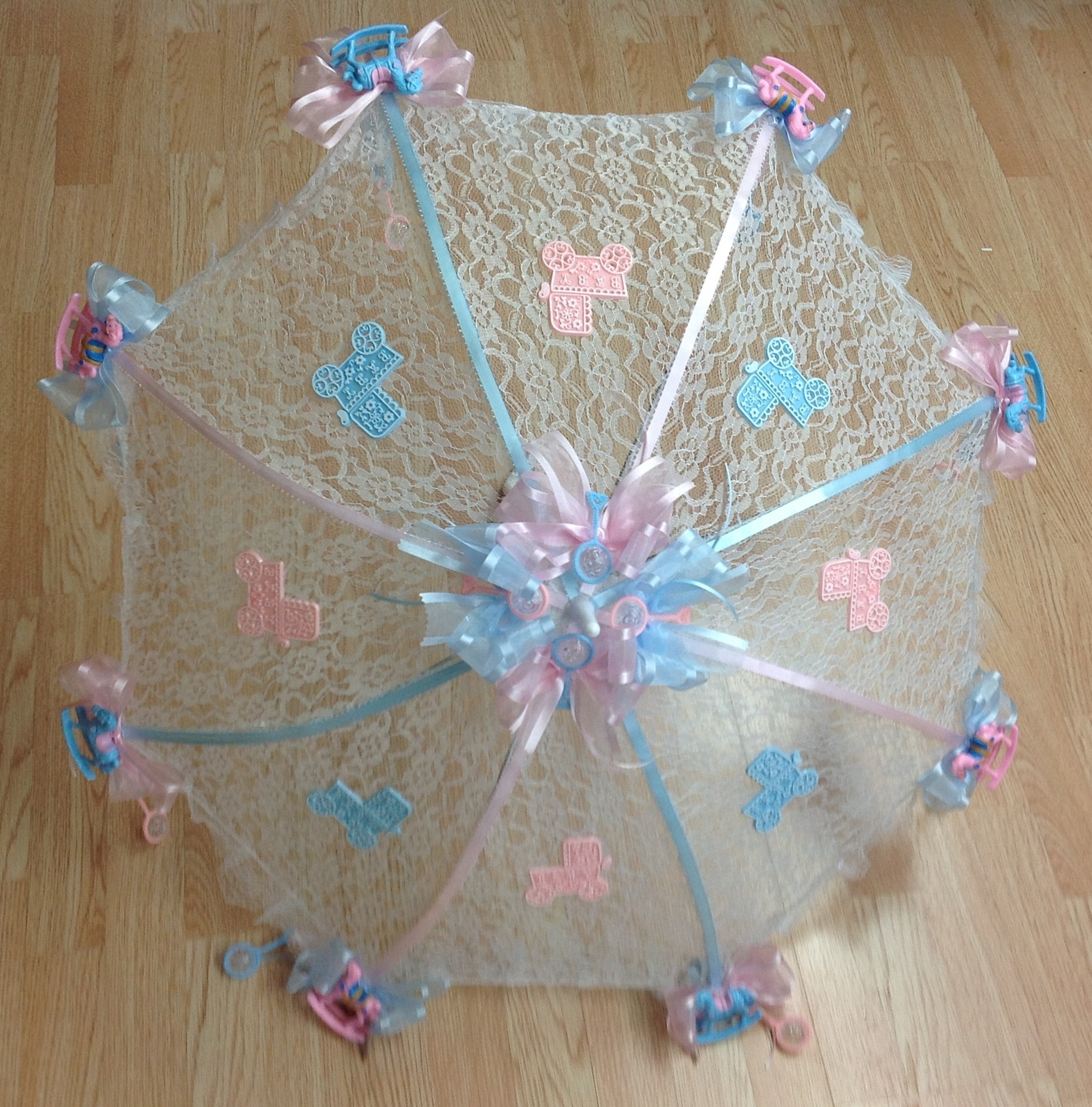 """32"""" White Lace baby shower umbrella with pink and blue babies"""