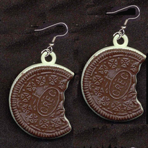 Oreo_20cookie_20earrings-vintage_thumb200