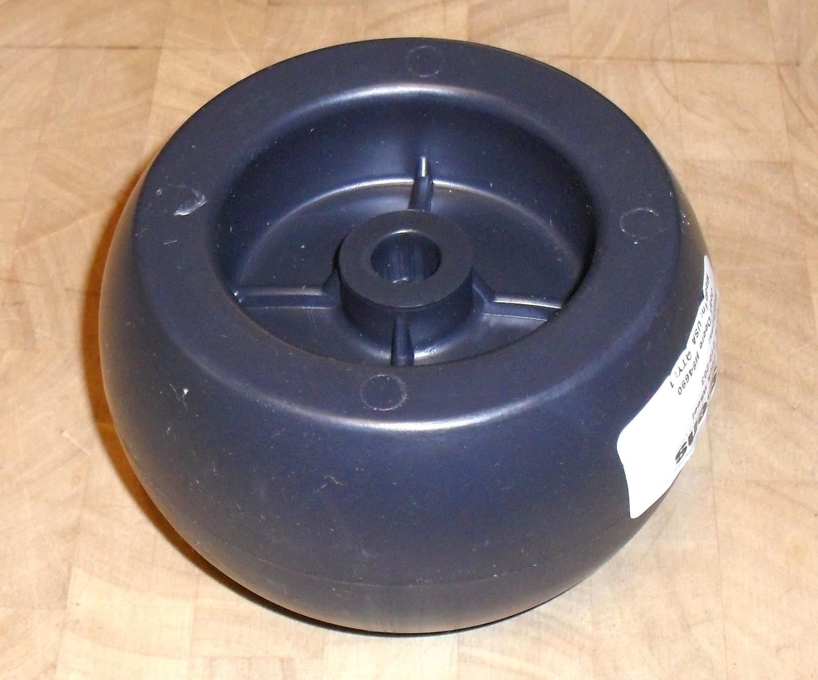 John Deere and Simplicity deck roller wheel AM116299, M84690, 1700184, 1700184SM