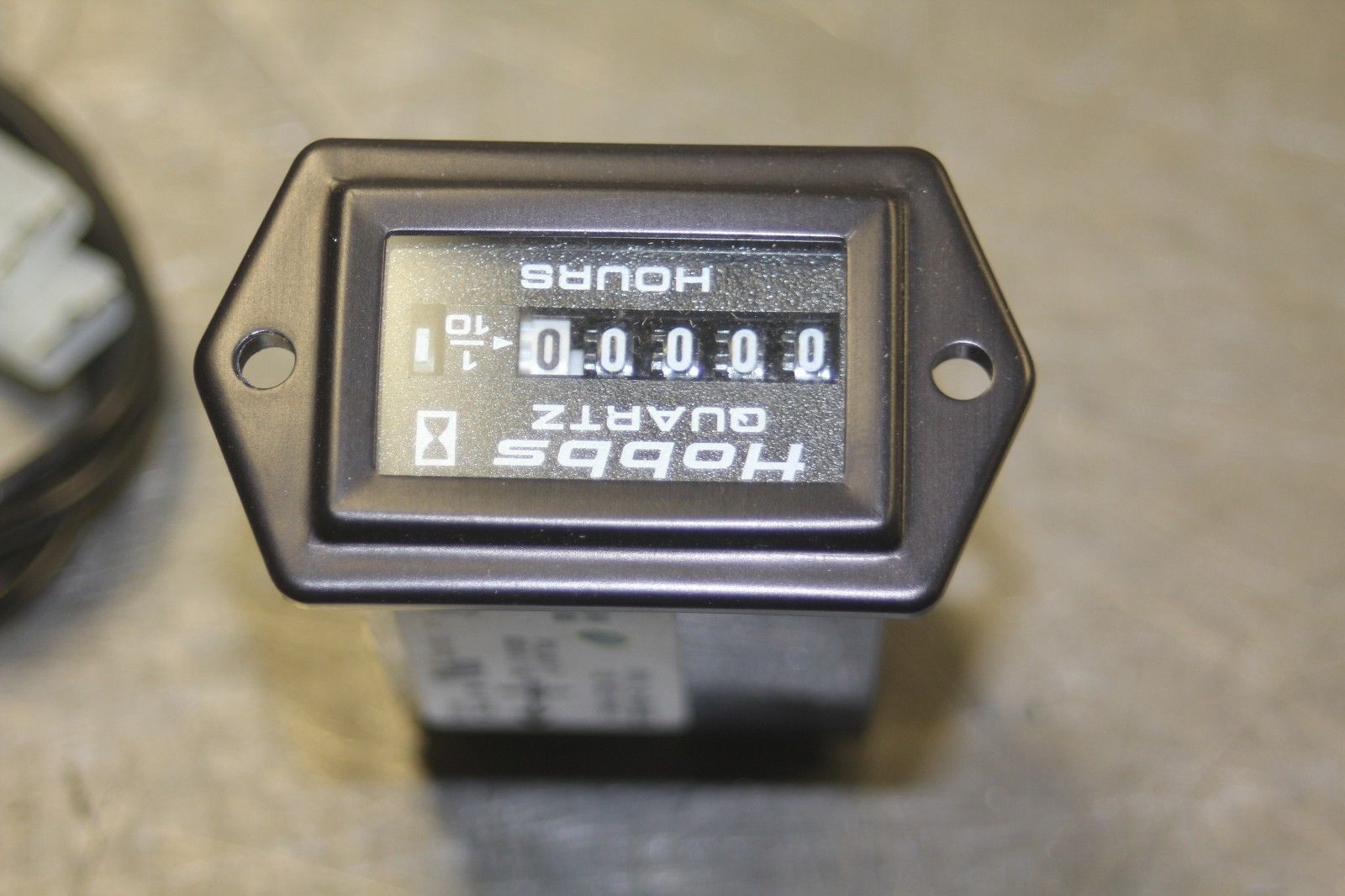 Hobbs Hour meter 81092A and 50 similar items