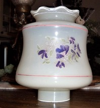 Vintage White Milk Glass Purple Flower Candle/Lamp Shade Scalloped Edge - €26,10 EUR