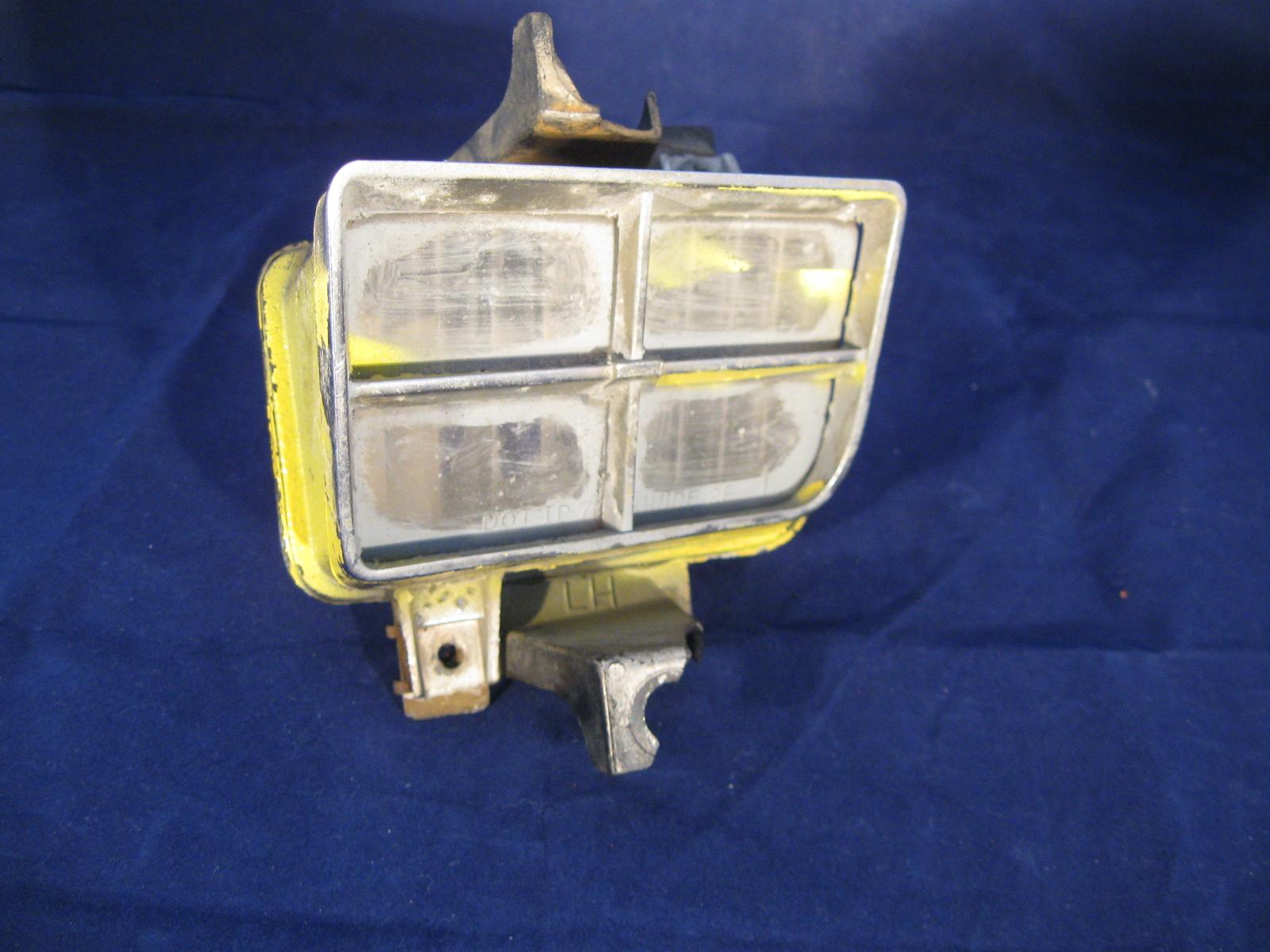 1977-1978 Pontiac Firebird Formula Trans Am Left Turn Signal Light