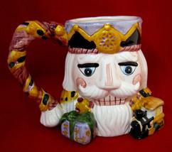 3D Nutcracker Christmas Large Mug Cup - $501,38 MXN