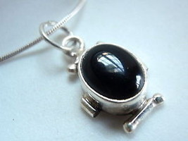 New Black Onyx Oval 925 Sterling Silver Pendant India - $160,30 MXN