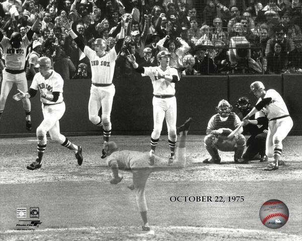 Primary image for Cartlon Fisk Red Sox Reds Game 6 1975 World Series 8X10 BW Baseball Photo