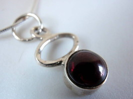 Very Small Garnet Hoop 925 Silver Necklace Red Corona Sun Jewelry New - €13,32 EUR