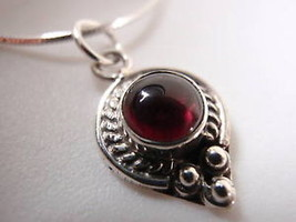 New Small Rope Bordered Red Garnet 925 Silver Necklace Corona Sun Jewelry - €13,32 EUR