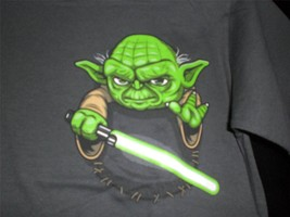 "TeeFury Star Wars YOUTH MEDUM ""Pocket Jedi"" Yoda Tribute Shirt CHARCOAL - $11.00"