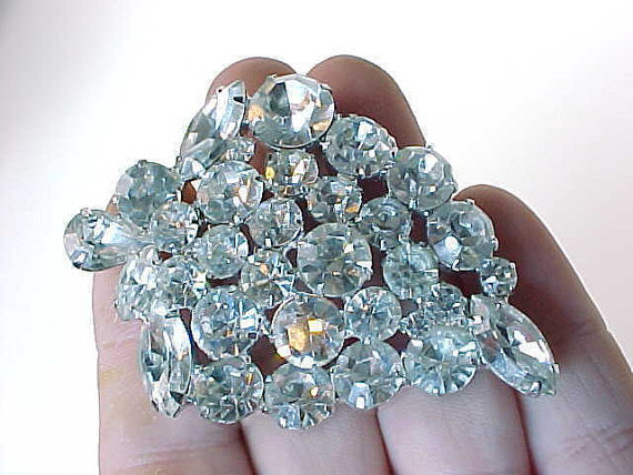 Stunning WEISS signed White RHINESTONE BROOCH Pin - 2 1/2 inches  -FREE SHIPPING - $85.00