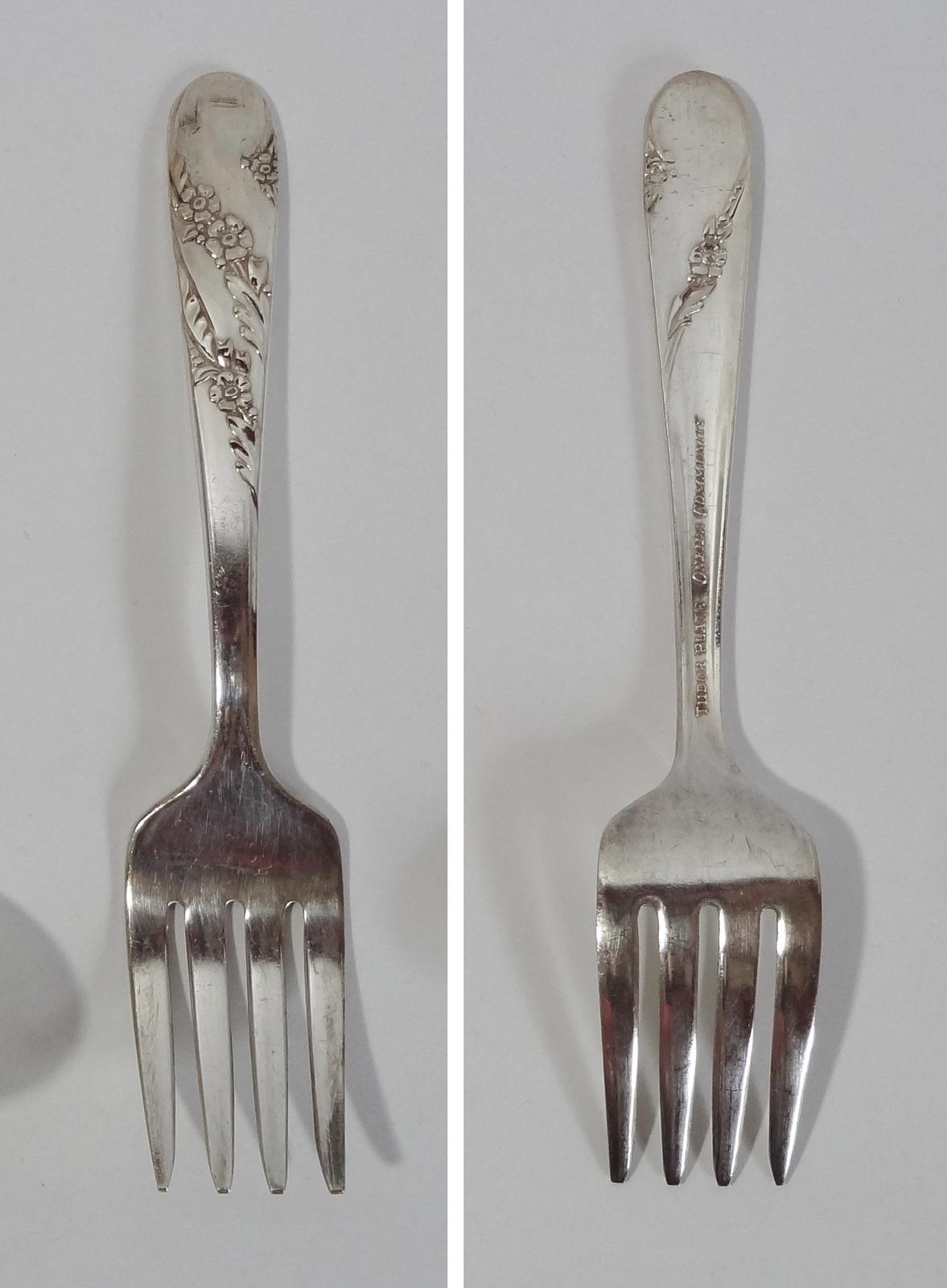 Oneida Community Tudor Plate Floral Pattern Fork Tableware Cutlery Flatware  - $1.49