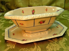 Maria By Rosenthal China Gravy Boat + Attached Underplate Flowers Blue G25 - $46.74