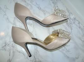 Nina New York Rhinestone Bow Beige Satin Leather Heels 8.5 - $54.82