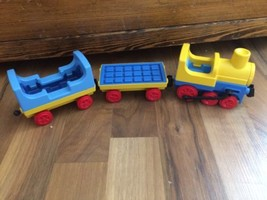 Vintage Playmobil Engine Flat and Caboose Train Cars 1990 Geobra Pretend... - $46.51