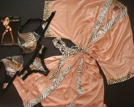 Victoria's Secret senza Righe 36d Reggiseno Set + M Vestaglia Tigre Ricamato - $119.98