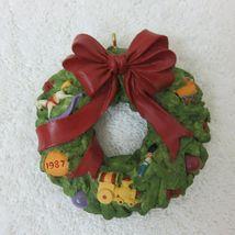 Vintage 1987 Hallmark Keepsake Ornament Wreath of Memories in Original Box image 10