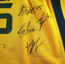 UTAH JAZZ / 2018 TEAM SIGNED YELLOW CUSTOM JERSEY / 13 SIGNATURES / FULL LOA image 3