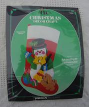 New Vintage Paragon Snow Pals Needlecraft Felt Christmas Stocking Kit 80... - $25.99
