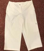 Zenergy by Chico's White Cargo Capri Pants Chico's Size 2 Fits Women's S... - $31.34