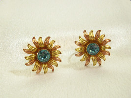 VAN DELL Blue Rhinestone 12K GF Sun FLOWER Screw Back Earrings Vintage E... - $19.79