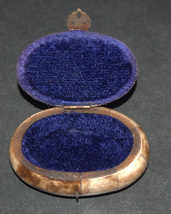 Antique Oval Trinket Snuff Pill Box Bovine Bone Brass Inlay Handmade image 3