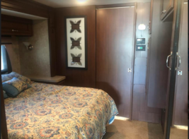 2013 Fleetwood Bounder 35K FOR SALE IN Dickenson, ND 58601 image 5