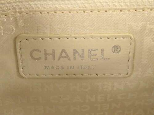 CHANEL Shoulder Bag 2.55 Leather White Semi Shoulder Length Italy Authentic image 12