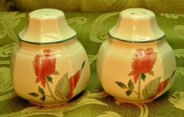 Silk Flowers By Mikasa F3003 Salt + Pepper Shakers Set Pink Flowers Euc G66 - $40.19
