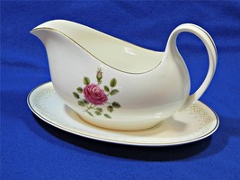 Sweetheart Rose by Royal Doulton GRAVY BOAT + UNDERPLATE England H4936 G54 - $121.54