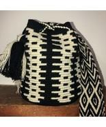 Authentic 100% Wayuu Mochila Colombian Bag medium Size black and beige - £38.17 GBP