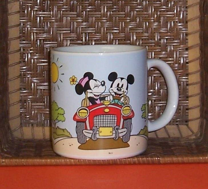 Primary image for Disney Mickey & Minnie Mouse Traveling in Car Ceramic Coffee Mug Cup