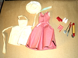 Vintage Barbie Cooking Outfit # 962  - $33.95