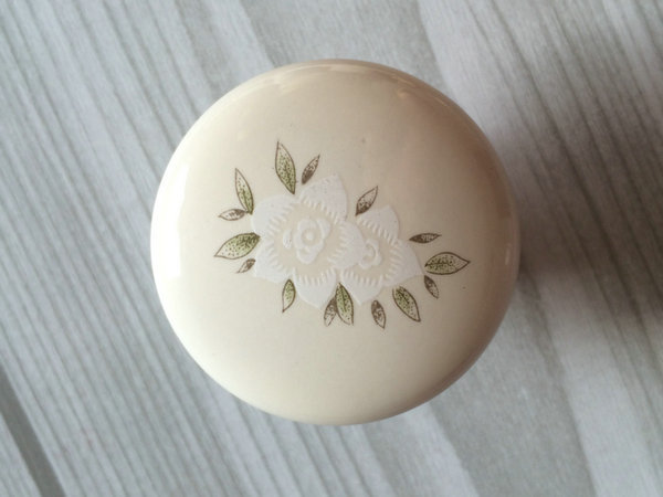 Dresser Knob Drawer Knobs Pulls Handles Cream White Flower Kitchen Cabinet Knobs
