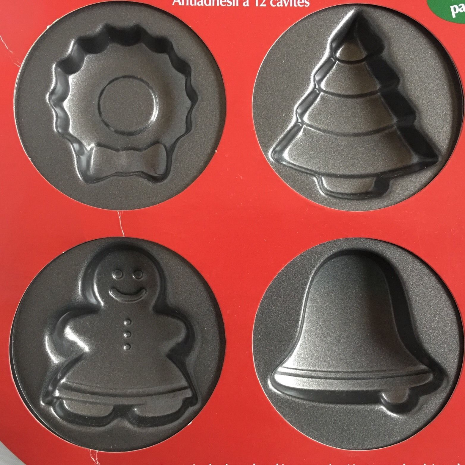 Wilton 12 cavity christmas cookie baking pan non stick 12 different designs new