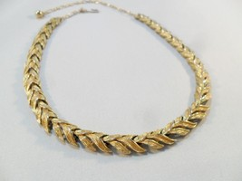 Vintage Necklace/Collar/Choker Signed SARAH COVENTRY Gold Tone Metal Chu... - $18.76