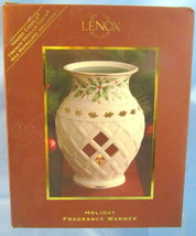Lenox Holiday Fragrance Warmer with Yankee Candle French Vanilla Tarts - $18.81