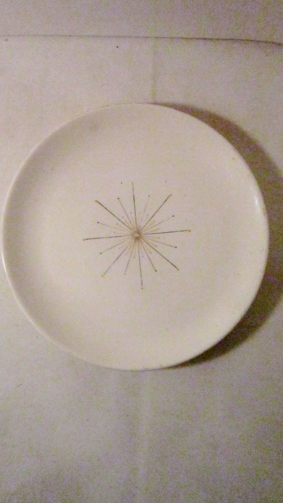 Homer_laughlin_modern_star_bread_plate_06