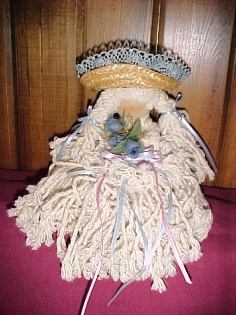 "STRING MOP RAG DOLL;LACE-TRIMMED STRAW HAT;AMISH FACE;BLUE FLOWERS;9"";COUNTRY DE"