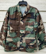 GENUINE USGI COAT WOODLAND CAMOUFLAGE PATTERN COMBAT JACKET - SMALL REGU... - $9.90