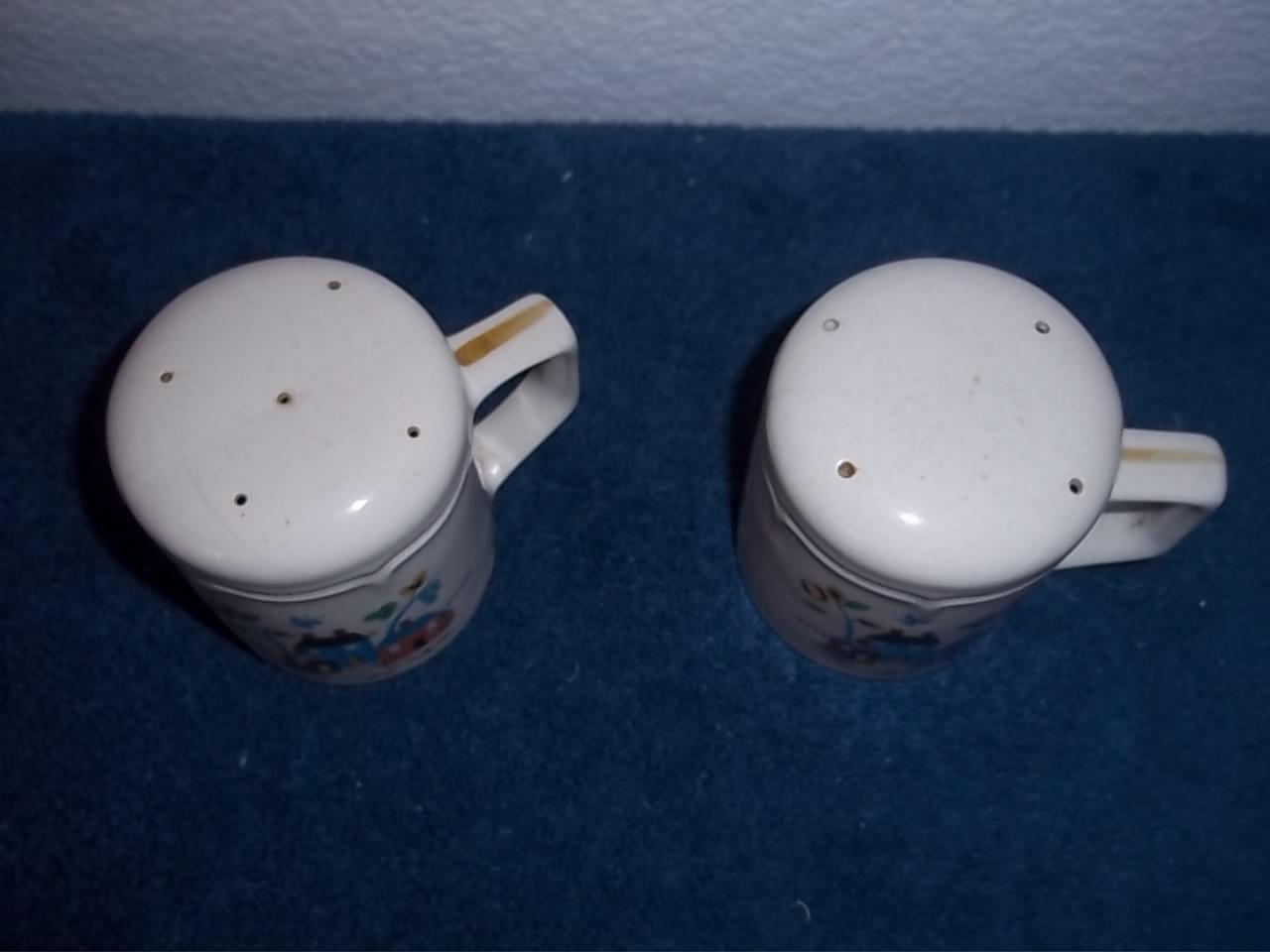 Ceramic Salt And Pepper Shakers Salt Pepper