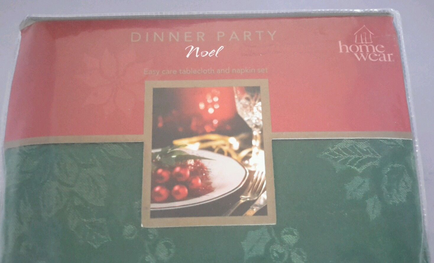 Homewear table linens dinner party noel green 52 x 70 for Table linens 52 x 70
