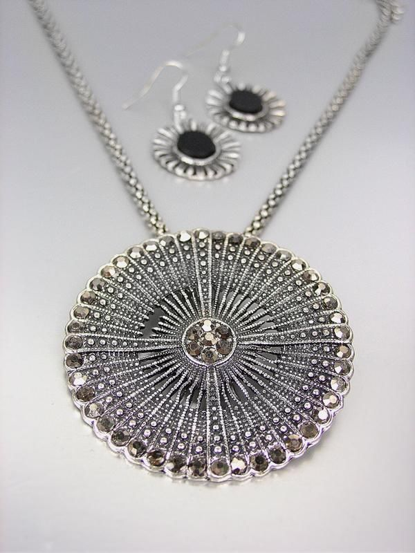 Primary image for VINTAGE Antique Silver Marcasite Crystals Medallion Mesh Chain Necklace Set