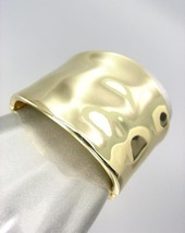 CLASSIC Designer Style Smooth Organic GOLD Metal Hinged Bangle Bracelet - $16.99