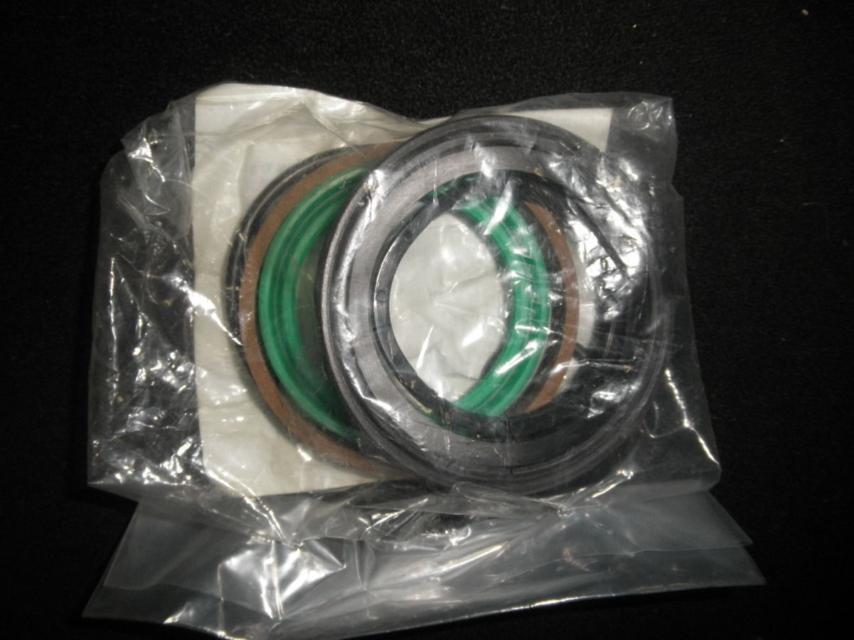 Hydraulic Cylinder Rebuild Packing Seal Parts Kit PN#8D00051-17 5330-01-498-1120