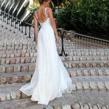 Luxury Ivory Lace Wedding V-Neck Backless Wedding Dress image 2